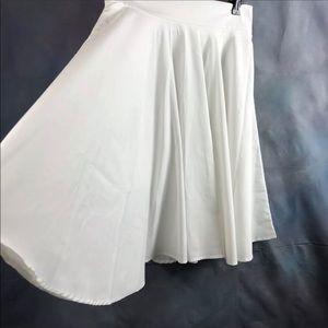 White circle skirt M or L